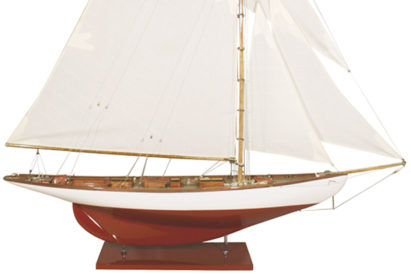 BOAT MODEL MOONBEAM